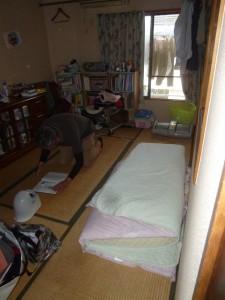 51_upstairs-room_P1130556